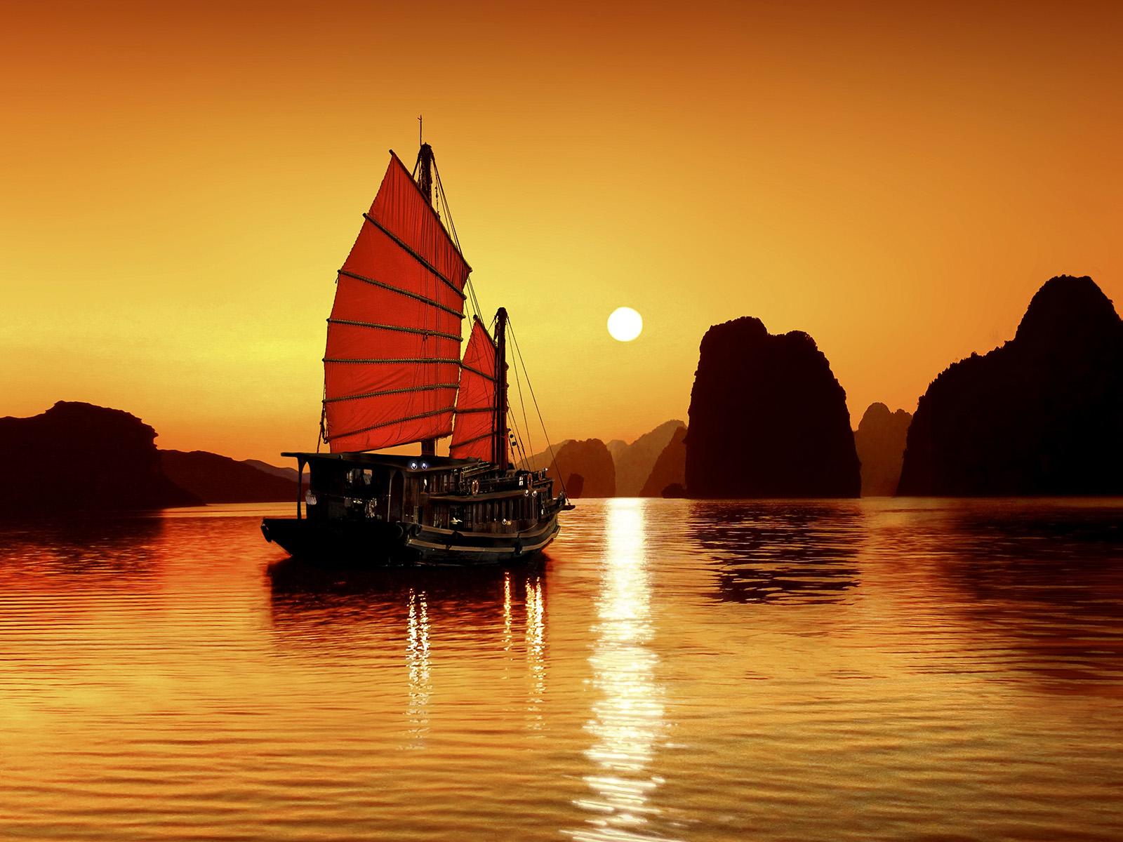 """Tour du lịch ha long - Giá trị lịch sử văn hoá của vùng biển """"rồng hạ xuống"""""""